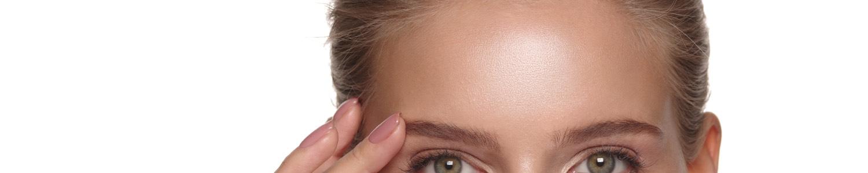 oily forehead