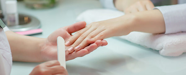 prevent-hard-skin-around-nails-with-a-manicure